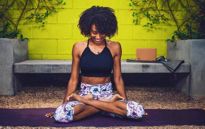 Manduka Yoga Atem Übungen